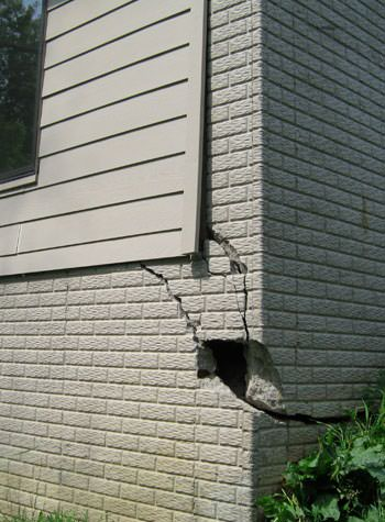 severe cracking of structural walls in Beeville